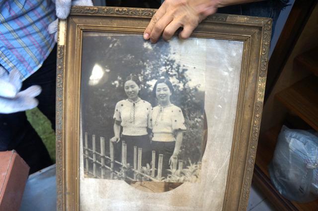 これは……祖母(左)!