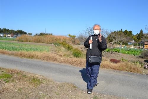 七渡周辺のガス田を案内してくださった大塚さん