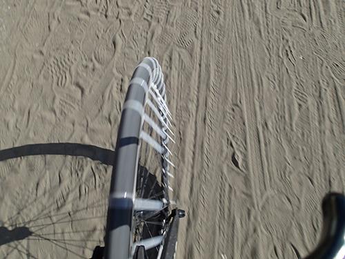 自転車の 自転車 変な音がする : 自転車をスパイクタイヤにする ...