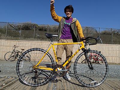 タイヤが細い自転車はこういう工夫をこらしながらも乗りたくなる魅力があるのも確か。