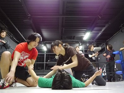 プロレスラー・志田光選手にプロレスを教わる時点でかなりレアな環境。