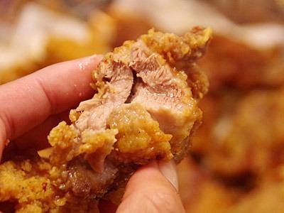 噛むと溢れだす肉汁。