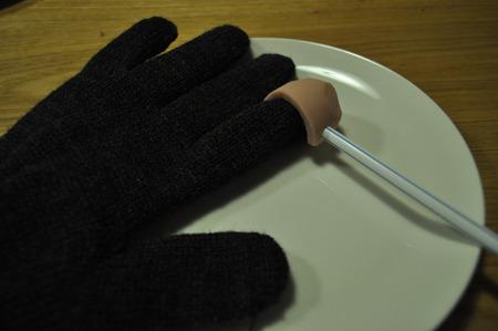 ソーセージを縫いつける技