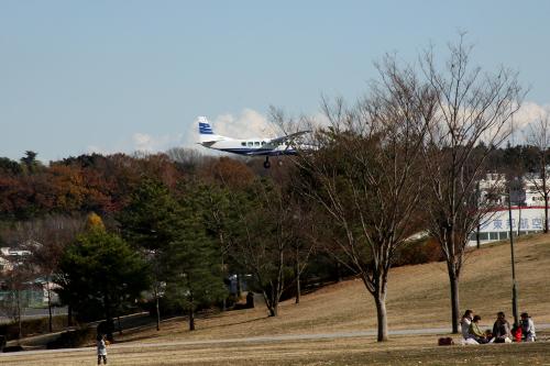 ちょうど、飛行機が着陸する所であった