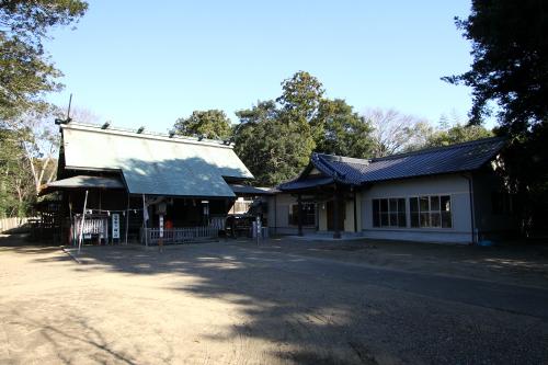 なかなか雰囲気のある神社である