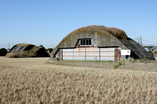 田んぼの中にたたずむ風情がまた素晴らしい