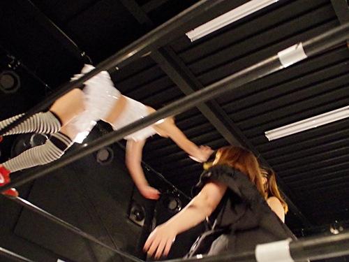 ロープの上から飛び込んできた人も受け入れるのがプロレスです。