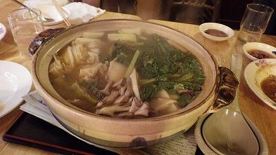 アバサーことハリセンボンの台湾風鍋