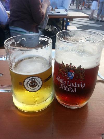 そういや海外ではグラス1杯の量が多くて、ぬるくなってもみんな平気で飲むのだという話もよく聞く