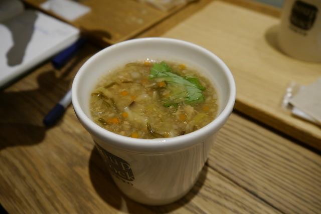 ・生姜入り7種の野菜の和風スープ