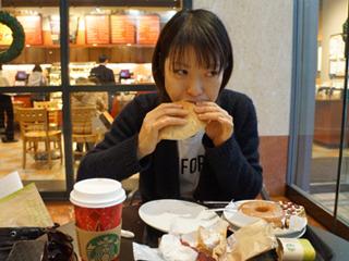 スターバックスコーヒー(古賀及子)<br>2,060円