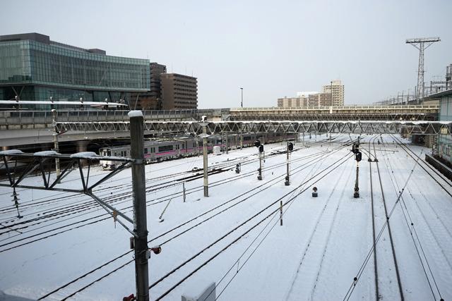 雪の盛岡駅。