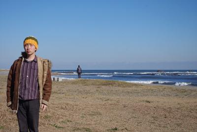浜風がめちゃくちゃに寒いが、ここに来た理由がある。