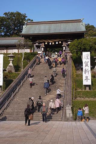 諏訪神社からスタート。
