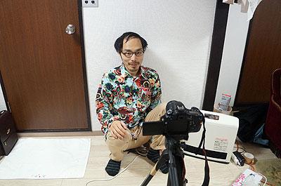 まずは三脚を立ててプロジェクター投影用の動画を撮ります。