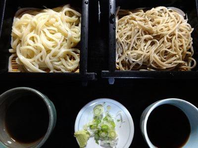 私は蕎麦との合い盛り、660円。