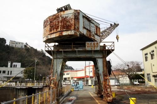 こちらはそのまま残る、昭和20年製造のクレーン