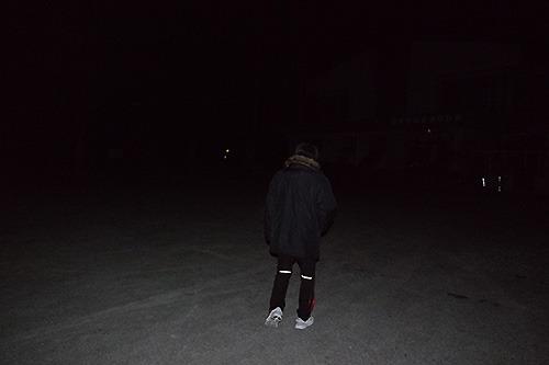 だって真っ暗だよ。