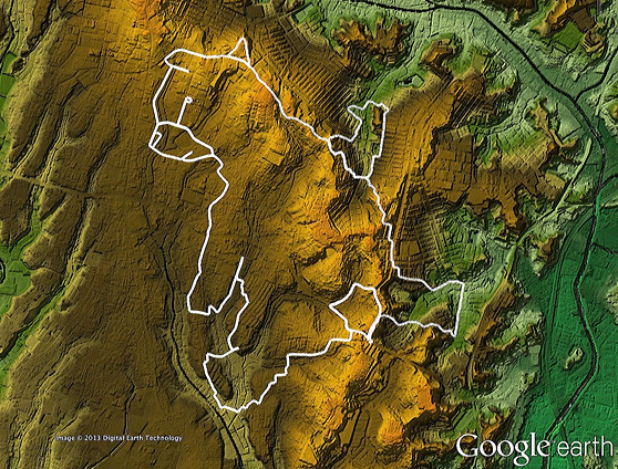 何かを成し遂げたのか、親指をぐっと立てて去っていく後ろ姿。かわいいりりしい。(「東京地形地図」をGoogle earthで表示したものにログを乗せキャプチャ、加筆)