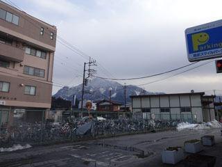 山がどーんとあるねえ。雰囲気あるねえ。