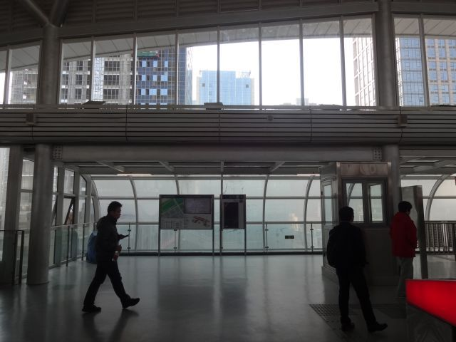 駅前はどこの都会かと思うほどビル建築中!