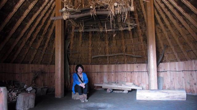 もうすぐ古代米が食べられると聞き、記念撮影しながら待つ