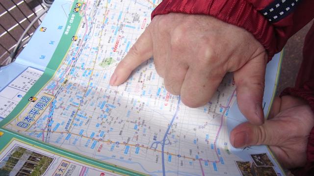 地図にも載っていない「グンジンジャ」を薦めてくれた