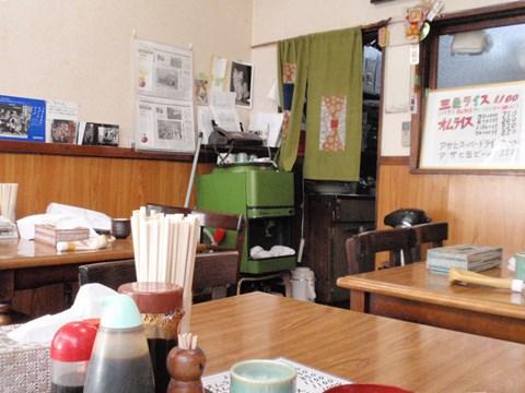 一見、いたって普通の食堂だけど、そんなエピソードがあるとは。