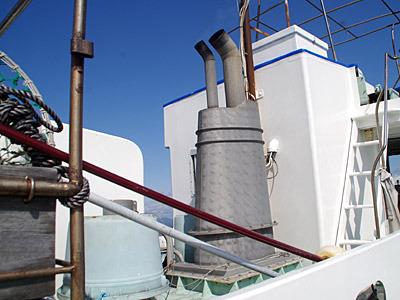 これが調理道具となる船の煙突。