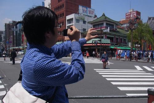 iPhoneを自分で持って撮影する