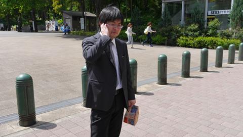 池田くんは当日のFacebookに「今日の仕事は身代金の受け渡しです」と書いていた。うれしかったのかな……