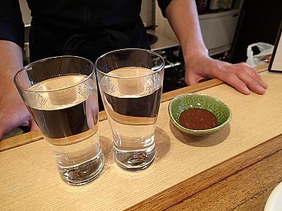 焼肉のタレにはコップ2杯(約400ml)。