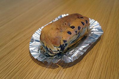 (参考画像:うちの近所で売ってるパン)