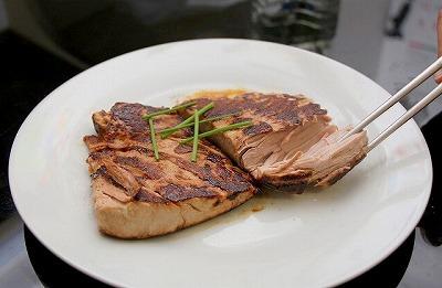 アカマンボウのステーキ