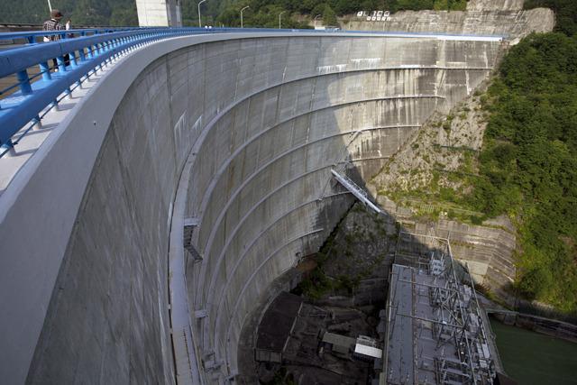 関東地方ダム界の大ボス、矢木沢ダム