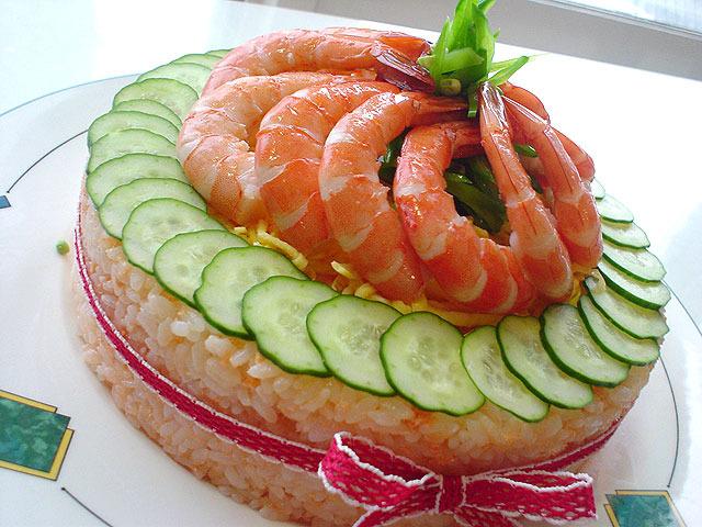 冒頭のチンジャオロースやお寿司にカルピスを入れるというのはカルピスの公式レシピにも載っている。そんな懐の深すぎるカルピスも、コーヒーはだめか…