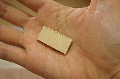 糸鋸で切ったら恐ろしくゆがんだ形に