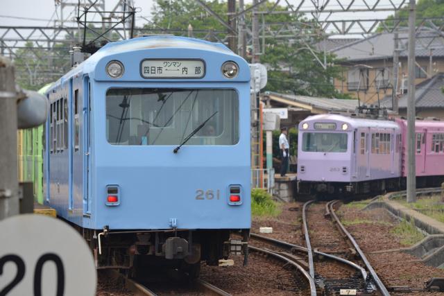 日永駅に車両が並んでるところは本当にかわいい
