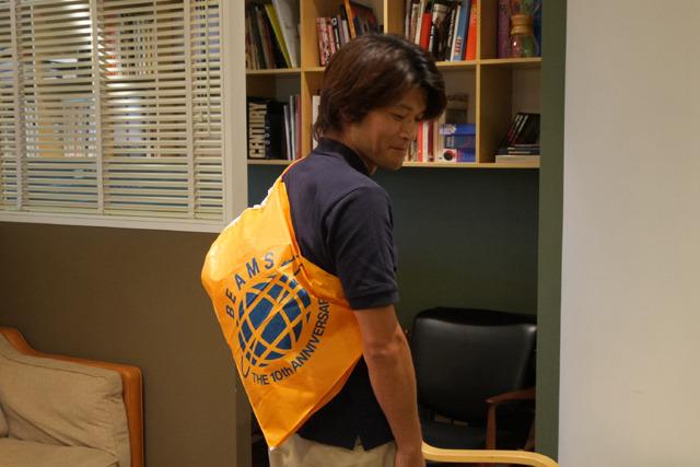 当時金沢からオレンジの袋がほしくて大阪に買い物にきた安藤