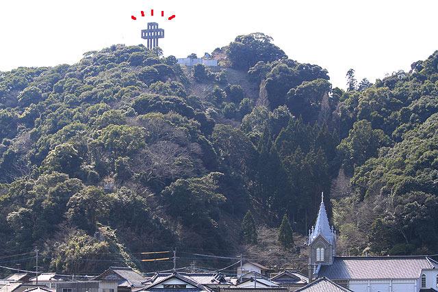 山の上に気になるものが見えたので、それも見に行ってみた。