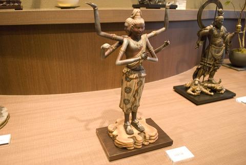 仏像界のスーパースター「阿修羅像」