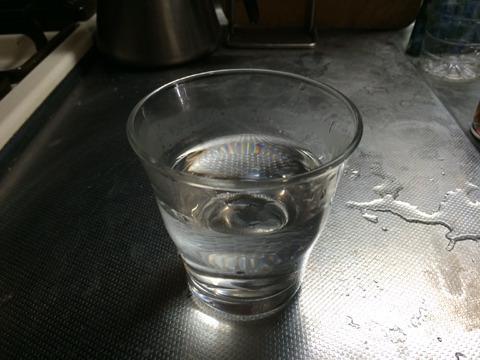 白湯はうまいが湯冷ましはまずい理由とは