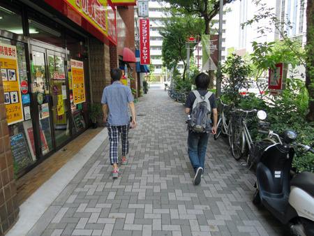 ちなみに今回の撮影は編集部の石川さんと藤原くんにお願いしました
