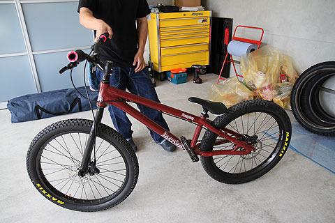 練習用自転車。これはこれで自転車の大会などもあるらしい。