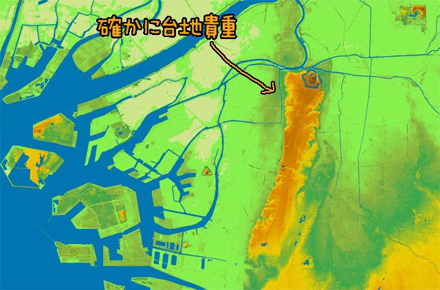 地形図で見ると大阪はこんな。(国土地理院「基盤地図情報数値標高モデル5mメッシュ」をSimpleDEMViewerで表示したものをキャプチャ・加筆加工)
