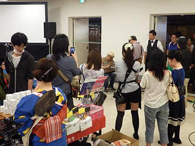そして「孤独のグルメ」の原作者である久住昌之さんのサイン会も開催。