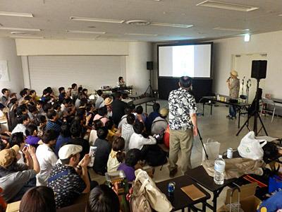 久住さんのトークショーが販売終了後のスタートだったので、おかげでゆっくりと楽しむことができた。グルメコミック好きの集まりだけに、久住さんへの歓声がすごいのよ。