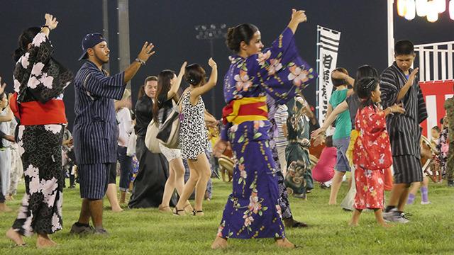キャンプ座間日米親善盆踊り大会