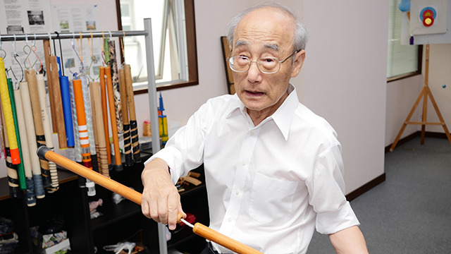 長岡の医師、樋口裕乗さんが開発したヌンチャク健康法