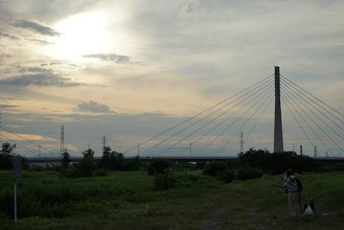 やや雲が出て来た四谷橋